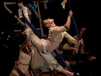 Cirque Us: Rag Tag